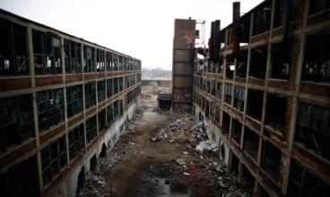 The-abandoned-manufacturi-007